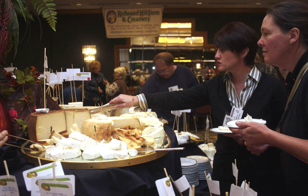 Eating cheese at the 2009 ADGA Convention Products Reception