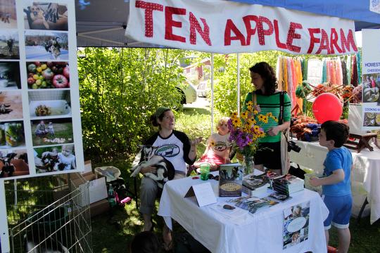 Ten Apple Tent